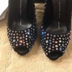 Giuseppe Zanotti crystal covered pumps. Size 36